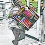 Police seek credit card thieves