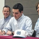 Odum signs with UNC
